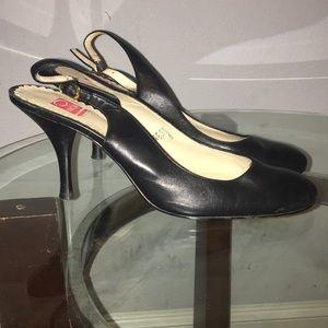 Oscar de la Renta Black Leather Round Toe